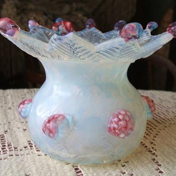 fiery opalescent vase - Art Glass