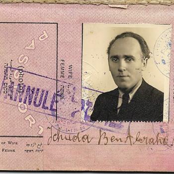 1939 British Mandate passport - Paper
