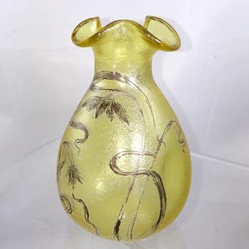 Carl Goldberg, Haida Silver Overlay ACB Pinched Tri Fold Rim Vase, Ca 1900 - Art Glass