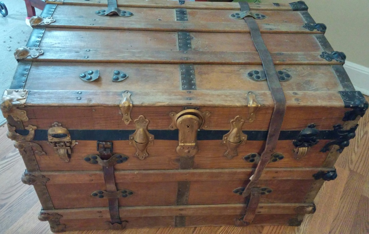 Flat Top Eagle Lock Company Conn Trunk Collectors Weekly