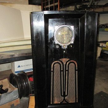 My antique Zenith long distance radio model no.N115710