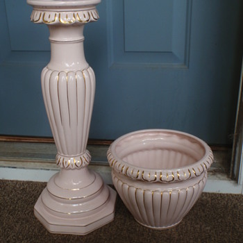 Faiarte Ceramics Jardiniere & Pedestal Mystery - Pottery