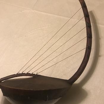 Guitar type instrument handmade - Musical Instruments
