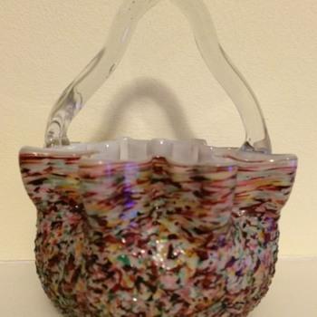 Overshot multicolour basket - snowflake rim
