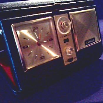 Aimor Travel Alarm AM-FM Radio Combo/Aimor Electric Works, Ltd. ,Tokyo / Circa 1960's  - Clocks
