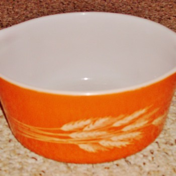 Autumn Harvest Pyrex Bowl - Kitchen