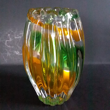 Narumi/Sanyu Fantasy Glass ribbed vase - Art Glass