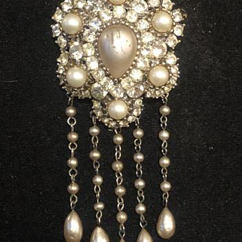 beautiful brooch  - Fine Jewelry