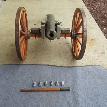 Unidentified Cannon - Military and Wartime