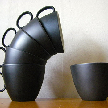Raymond Loewy Continental Tea Cups - Kitchen