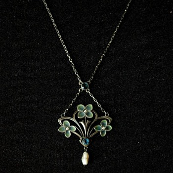 HERMANN & SPECK, PFORZHEIM  plique-a-jour necklace, circa 1900 - Art Nouveau