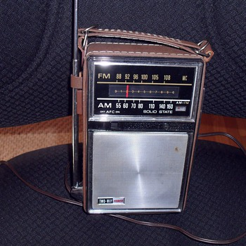 General Electric radio.