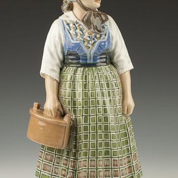 """Dahl Jensen Copenhagen Denmark 1209 """"Girl from Frederiksberg""""  - Figurines"""