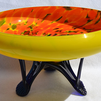 Czech console bowl - Art Glass