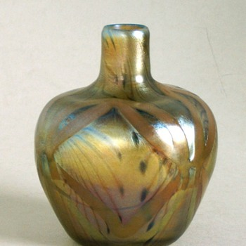 tiffany favrile vase 05206 - Art Glass