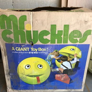 Help me learn more about Mr. Chuckles! - Toys