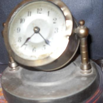 Antique Kuehl Co. Swivel Clock
