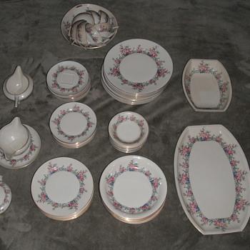 family china - China and Dinnerware