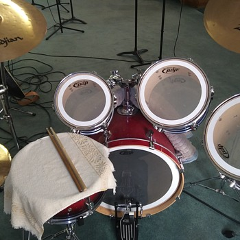 DRUM KIT...PDP, .PACIFIC DRUMS. - Musical Instruments