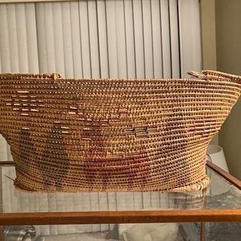 American Indian basket  - Furniture