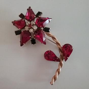 Schreiner flower brooch  - Costume Jewelry
