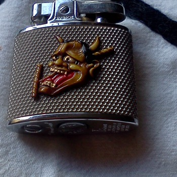 Cigarette lighter with Japanese Demon - Tobacciana