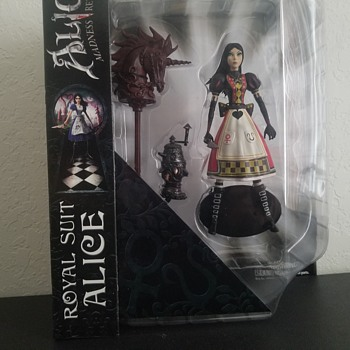 Royal suit Alice figure  - Toys
