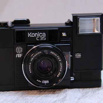 Konica C35 AF - Cameras