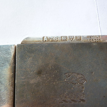 silver match or stamp box - Silver