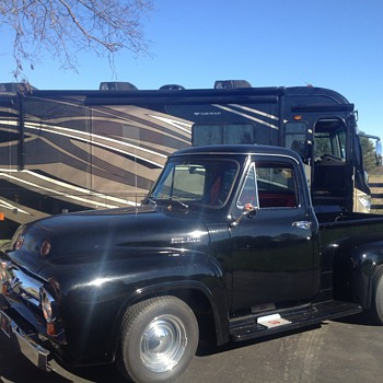 Donna's 1954 Ford F-100 - Classic Cars