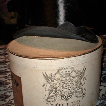 """Miller Hat And Hatbox """"Ruben The Hatter"""" Pittsburgh.PA - Hats"""