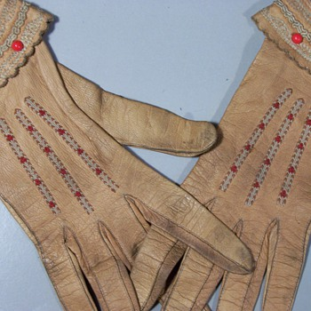 Probably Riding Gloves Very Old