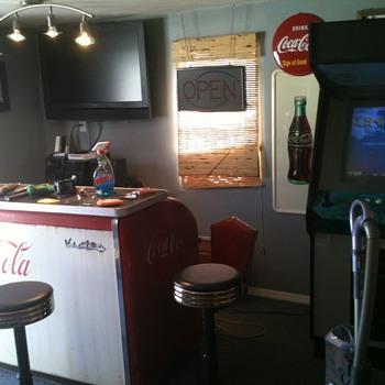 man cave - Coca-Cola