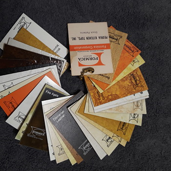chain of late 1970's (-ish) FORMICA DECORATIVE LAMINATE color samples - Advertising