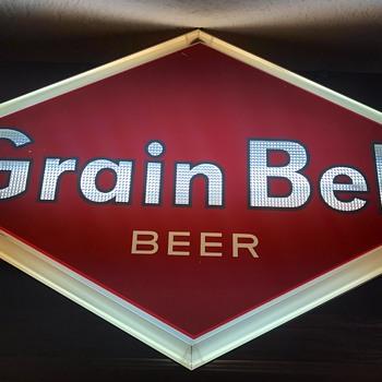 Grain belt beer diamond lighted sign  - Breweriana