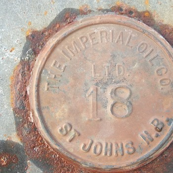 mis-print on Antique Imperial Oil Co Ltd 45 gallon drum - Petroliana