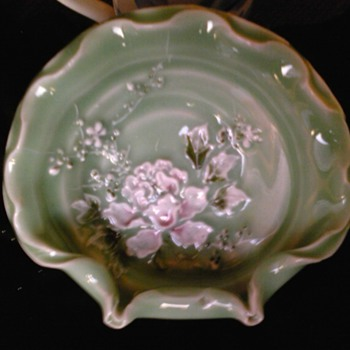 kato shunka meiji era-celadon raised enamel bowl japan - Asian
