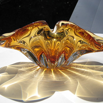 "Canadian ""Giovanni"" art glass bowl - Art Glass"