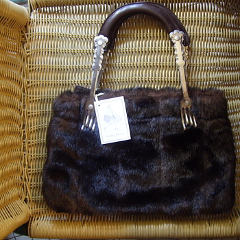 UNUSUAL MID-CENTURY FAUX FUR PURSE, W/FORKS FOR HANDLES! - Mid-Century Modern