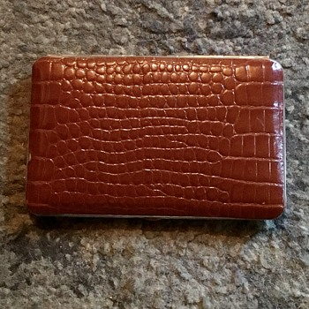 Vintage 1960s leather covered cigarette case. - Tobacciana