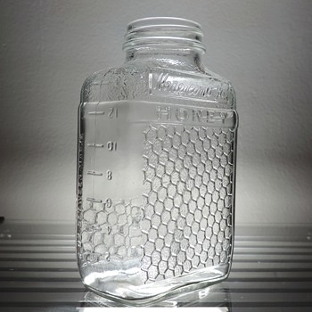 1965 Lake Shore Honeycomb Jar Bottle Anchor Hocking Glass Clear Embossed Collectible Vintage - Bottles