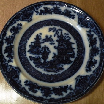 Need help putting a date to this Flow Blue - China and Dinnerware