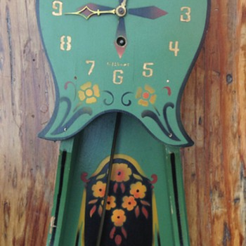 Gilbert Antique Pendulum Clock - Clocks