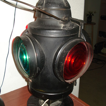 Antique Soo Line switch marker lamp - Railroadiana
