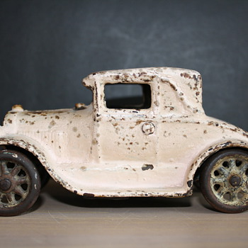 """Arcade 5"""" coupe w/out rumble seat"""