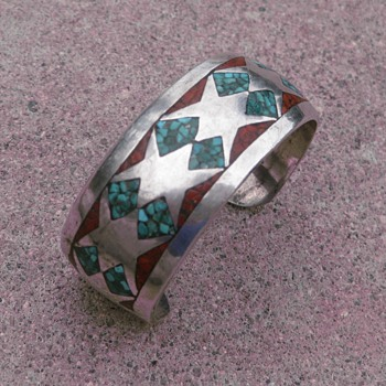 Navajo turquoise & coral inlay cuff - Fine Jewelry