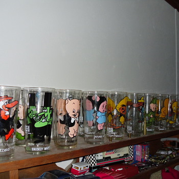 My VINTAGE LOONEY TUNES 16oz GLASSES - Glassware