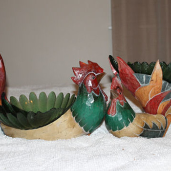 wooden pair of roosters with glass bowls - Animals