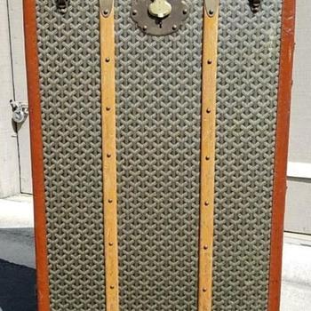 Antique Goyard Trunk Circa 1920 - Furniture