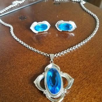 Pretty Blue Glass Pendant Necklace with matching earrings - Costume Jewelry